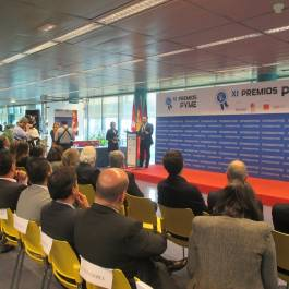 José Ferrer recibe el XI Premio Pyme 2015 organizado por Expansión e Ifema