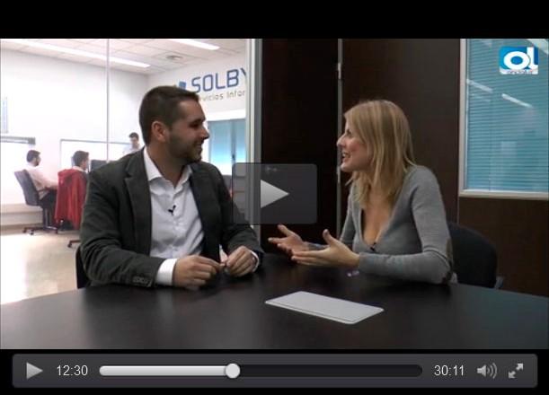 La cadena de televisión Ondaluz entrevista a José Ferrer, gerente de Solbyte